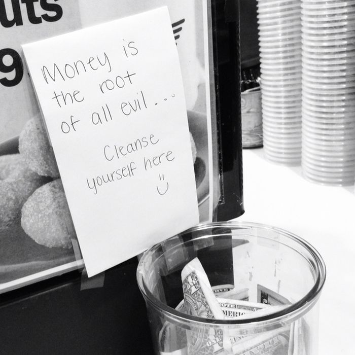 Some True Words of Wisdom There-15 Funniest Tip Jars You'll Ever See