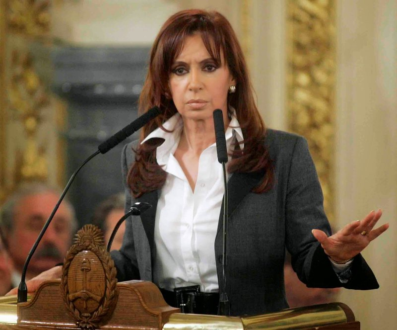 Cristina Fernandez de Kirchner-12 Hottest Female Politicians Around The World