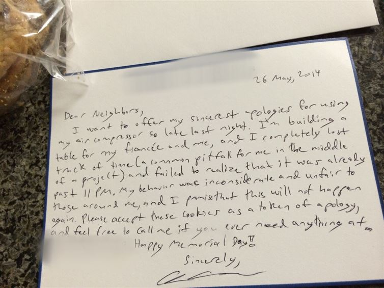 Cookies as Token of Apologies-12 Amazing Notes Ever Left By Neighbors