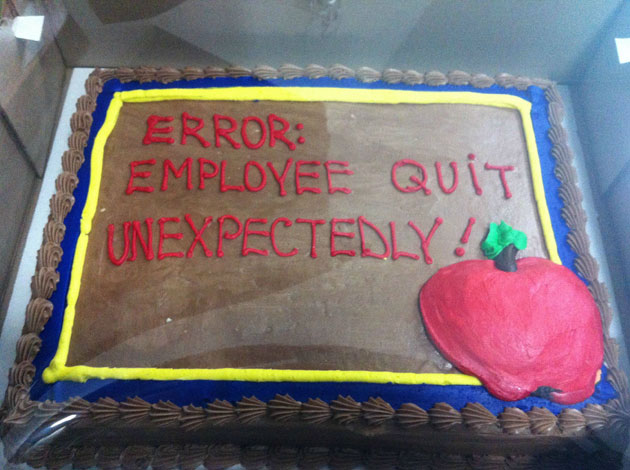 Gifted This Cake to HR Manager-15 People Who Quit Their Job In Style