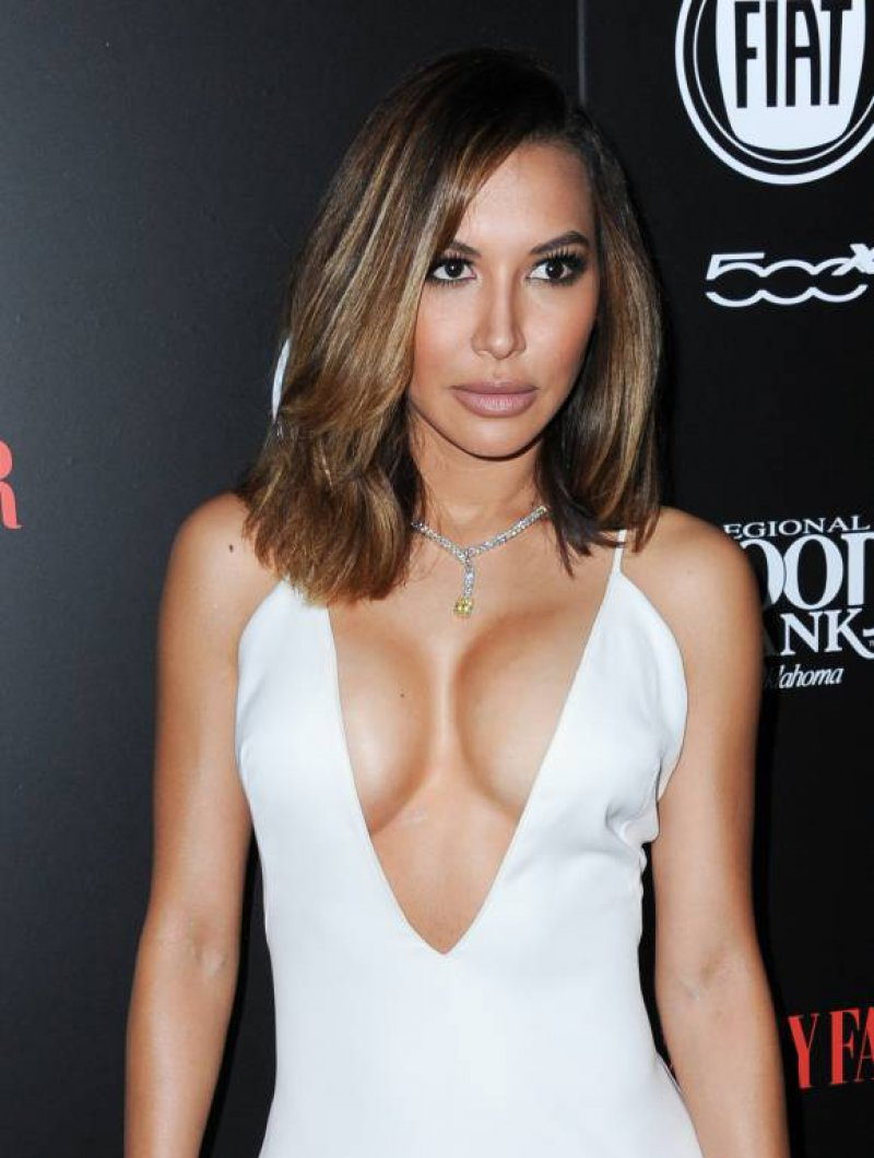 Naya Rivera-12 Celebrities Who Once Worked At Hooters
