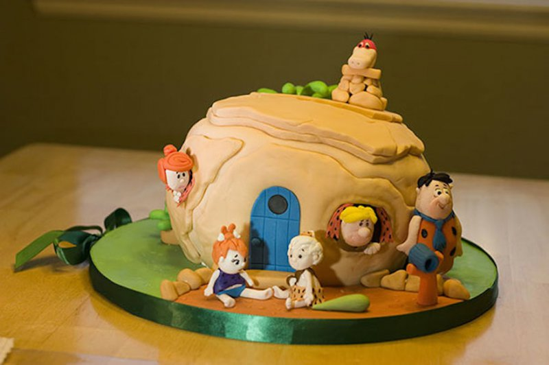 The Flintstones Cake-15 Amazing 3D Cartoon Model Cakes Ever