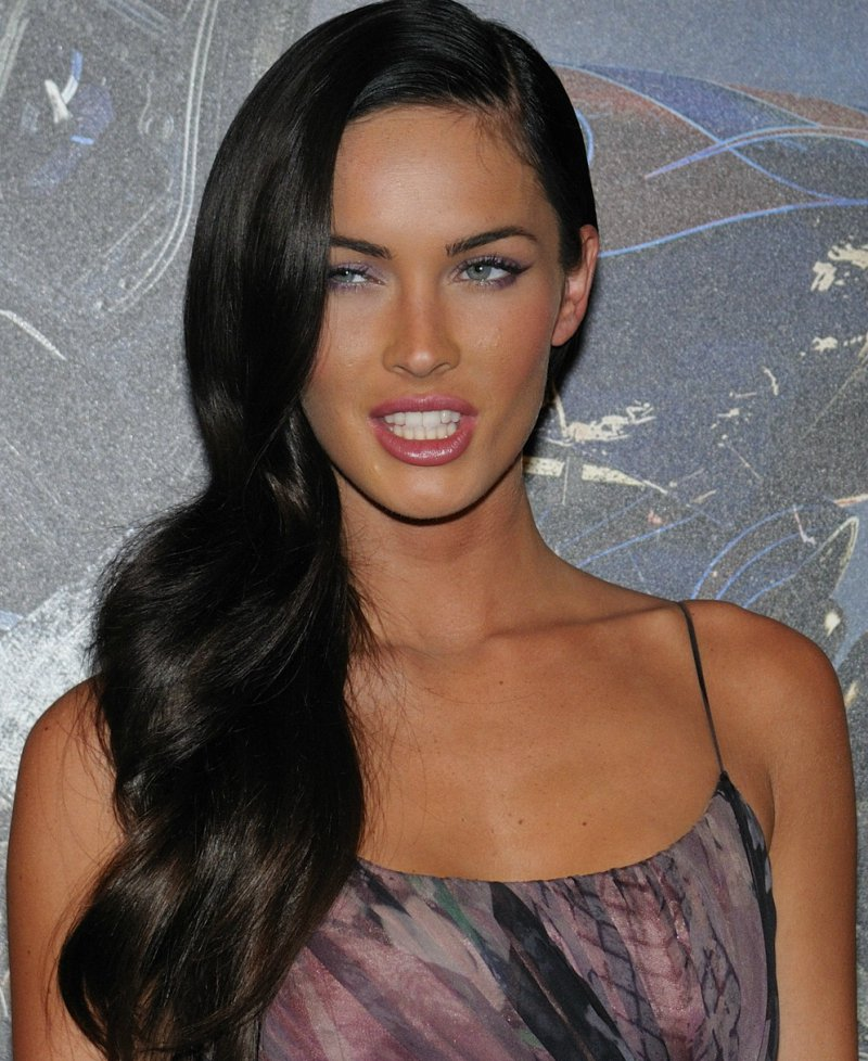 Megan Fox-15 Celebrities You Probably Didn't Know Were Bisexual