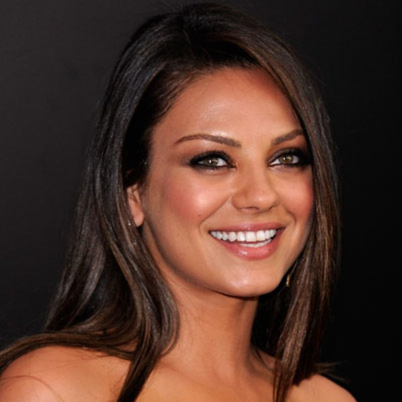 Mila Kunis-12 Celebrities Who Don't Use Twitter At All