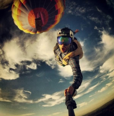 Falling from a balloon-Selfies That Will Make You Cringe