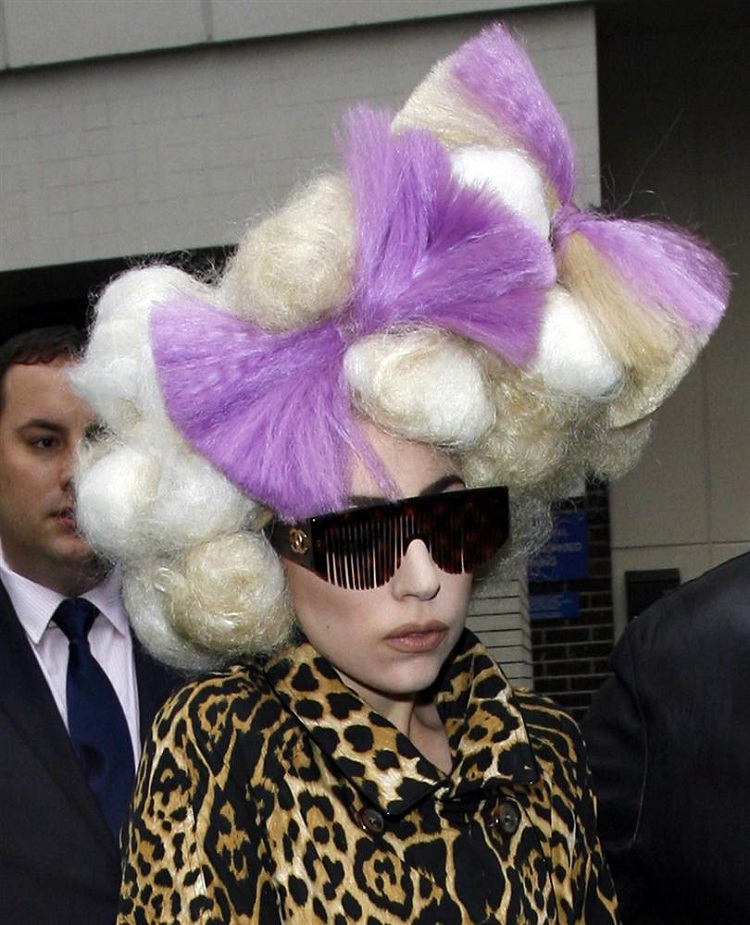 Far too much-Lady Gaga Hairstyles