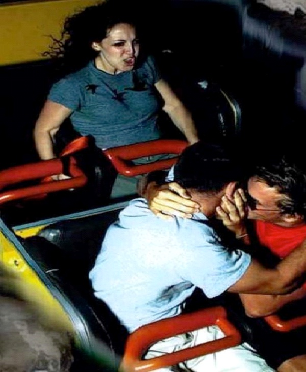 Making-12 Funniest Rollercoaster Pictures