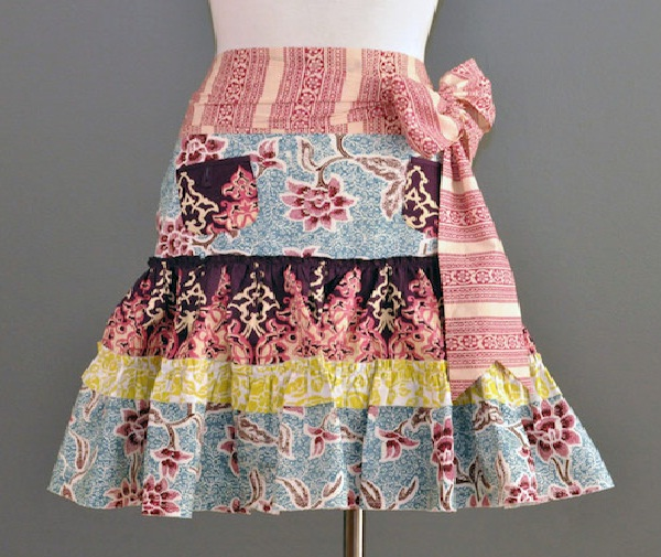 Pretty as a Picture-Creative Cooking Aprons To Buy