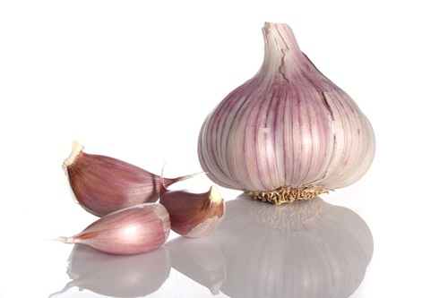 Garlic-Simple Home Remedies For Pimples