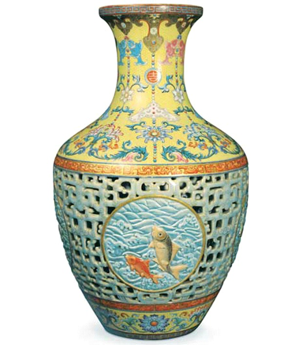 Old Vase-Underestimated Items That Turned Out To Be Worth A Fortune