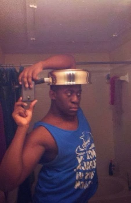 Why a pot?-Worst Mirror Selfies Ever