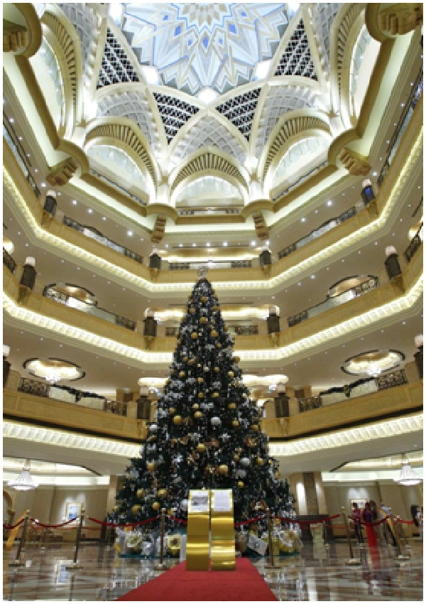 World's Most Expensive Christmas Tree-Most Amazing Christmas Trees From Around The Globe