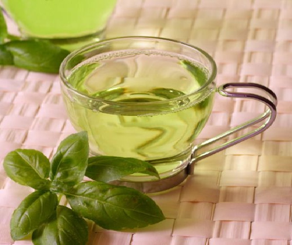 Green tea-Natural Ways To Stop Hair Loss