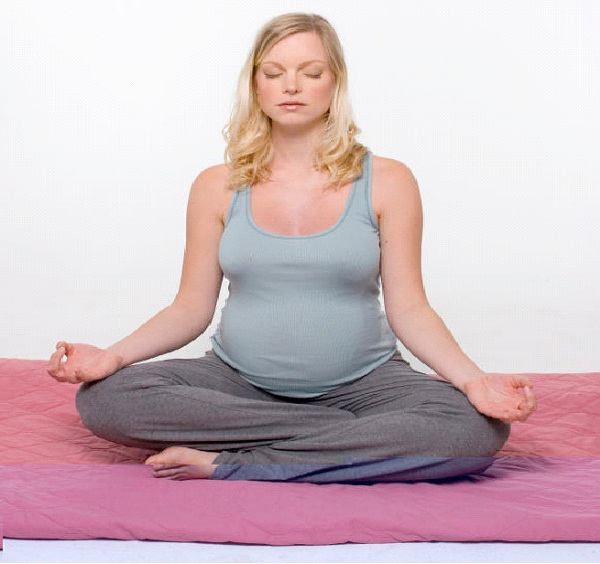 Meditate-How To Stay Fit During Pregnancy