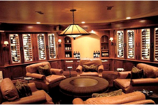 Round Table-Awesome Man Caves
