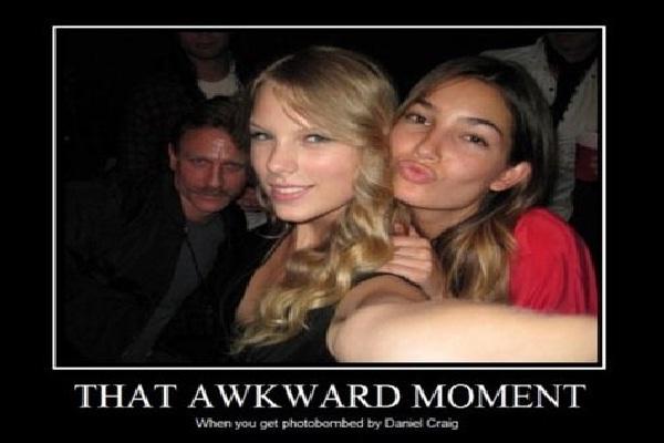 "Classic photobomb-Best ""that Awkward Moment"" Memes"