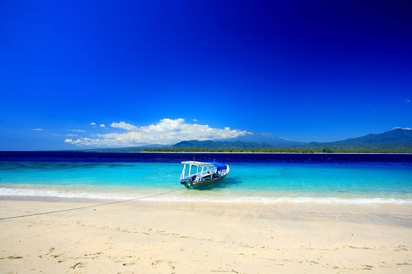 Indonesia, Indian Ocean, South Pacific and North Pacific Ocean-Most Beautiful Beaches In The World