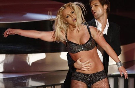 Ops! She Does it Again-Disgusting VMA Photos Ever
