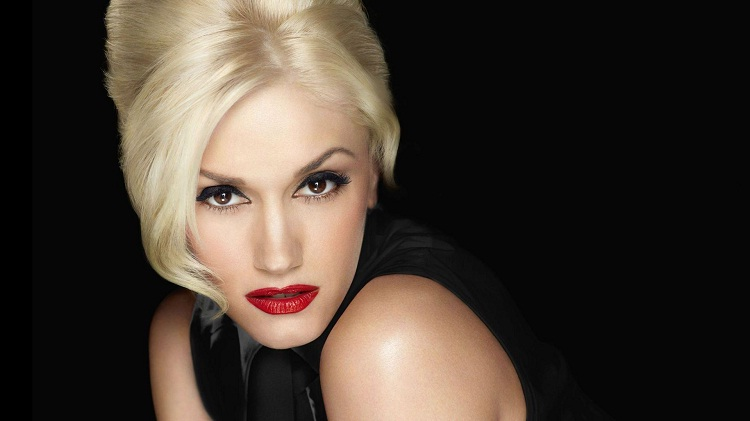 Gwen Stefani-Work Musicians Did Before They Made It Big