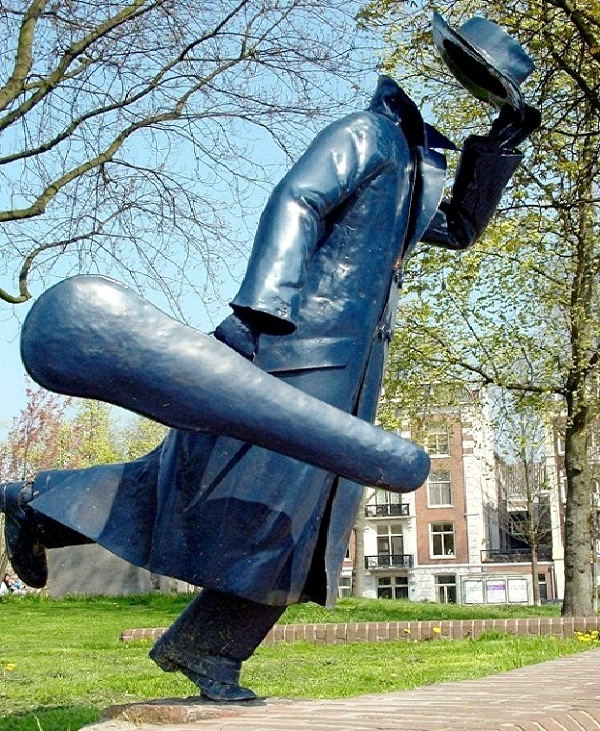Headless Musician - Amsterdam-World's Most Bizarre Statues