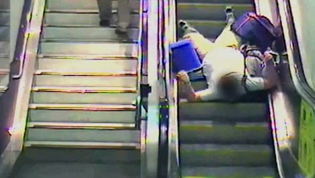 Going on an escalator-Clumsy People Unable To Do Simple Things