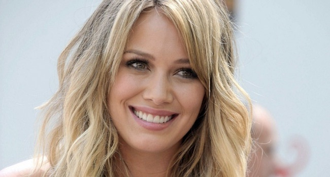 Hilary Duff Always Hot And Cute-12 Famous Hottest Women With Dimples
