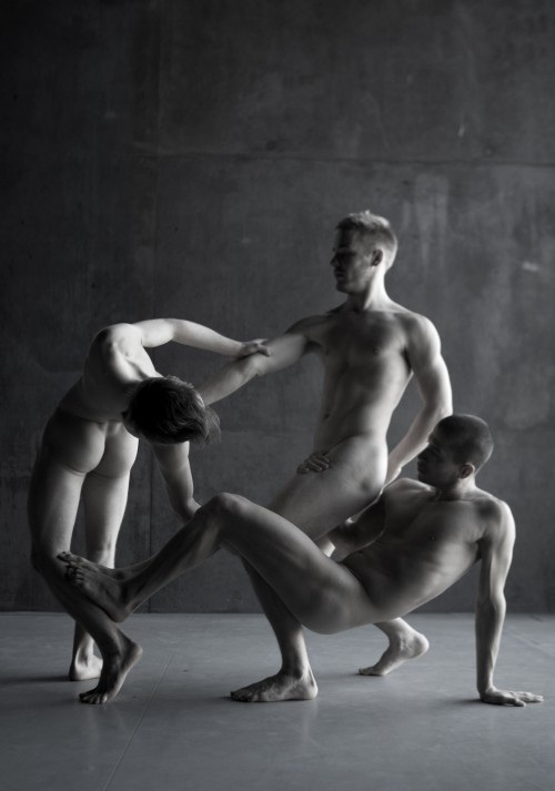 Naked Ballet-12 Bizarre Naked Events Ever