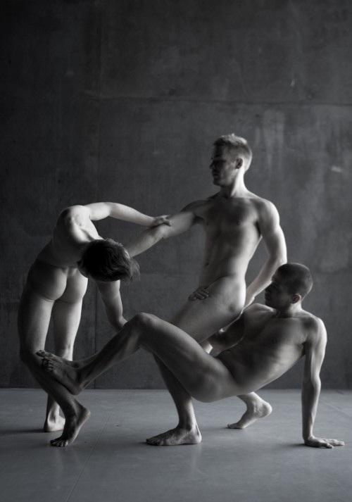 Naked Ballet-12 Bizarre Naked Events Ever