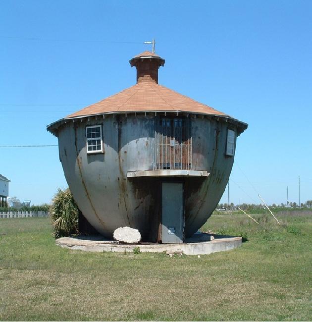 The kettle house-Weirdest Houses In The World