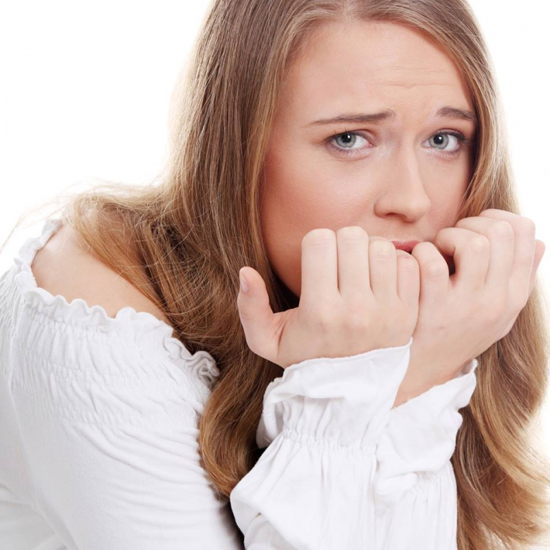 Nail Biting Artinya: Here's What Nail Biting Can Do To You