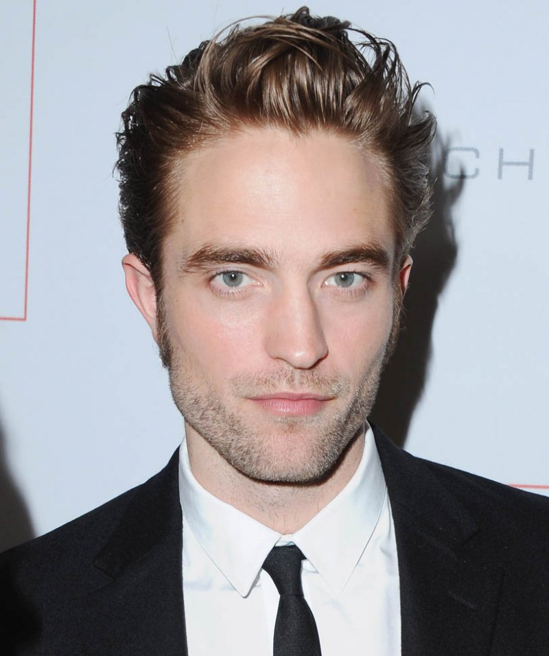 Robert Pattinson-12 Celebrities Who Don't Use Twitter At All