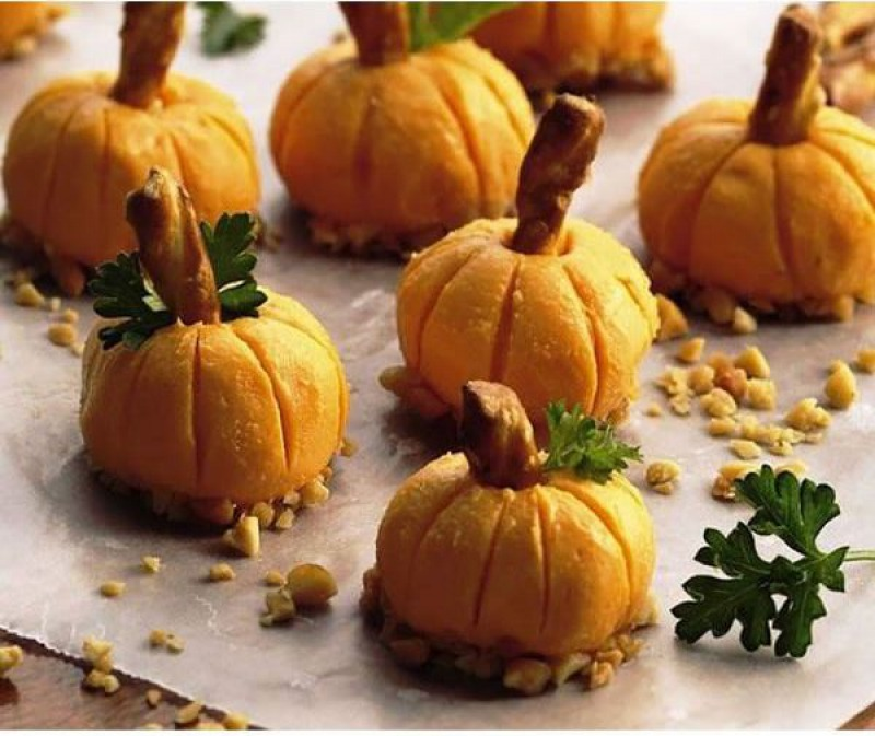 Cheese Pumpkins-15 Funniest Halloween Recipe Fails