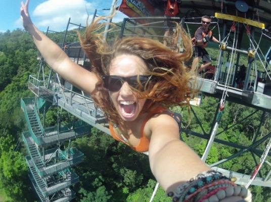Bungee jumping selfie-Selfies That Will Make You Cringe