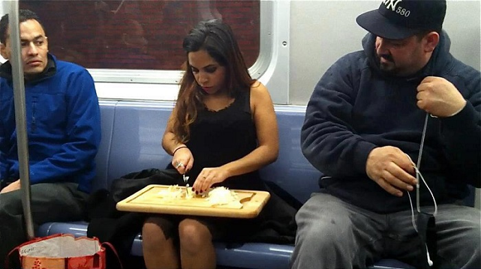 Time Management?-15 Most Awkward Public Transport Pictures