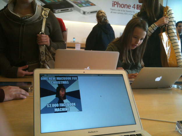Sad, But True-15 Hilarious Things Ever Happened In Apple Stores
