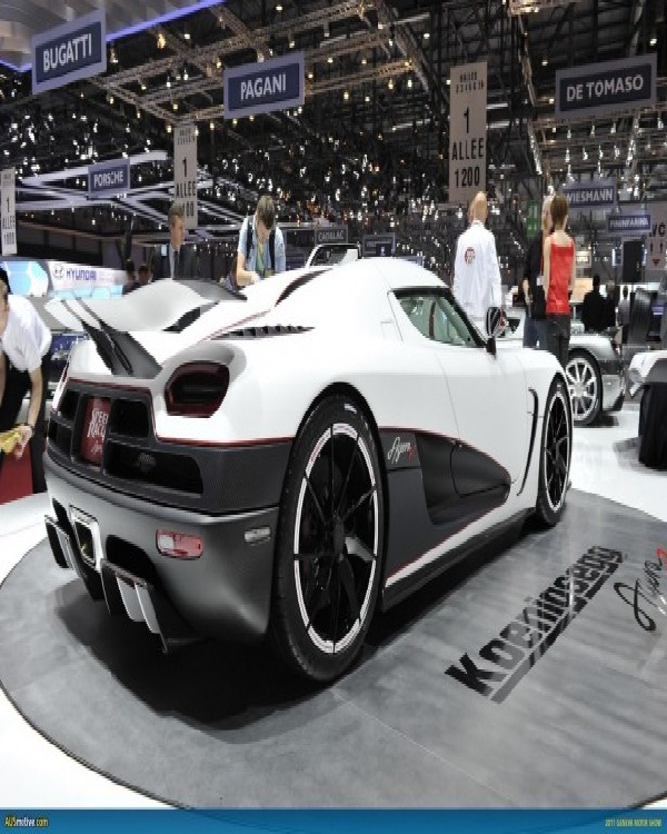 Koenigsegg Agera R-Most Expensive Cars In The World