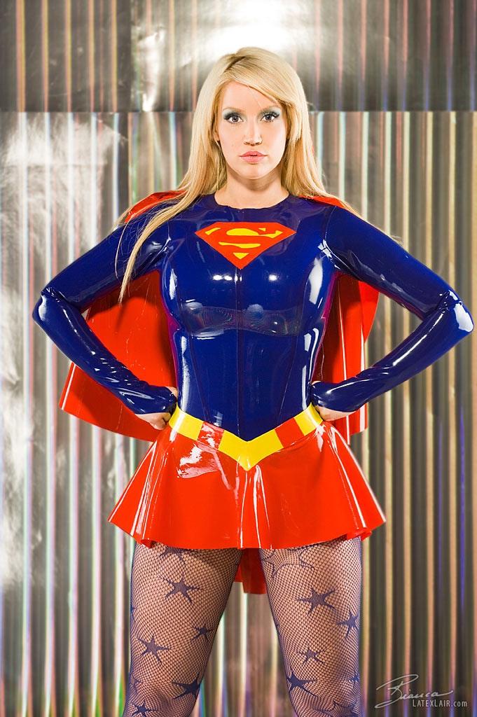 Latex Supergirl-Hottest Supergirl Cosplays