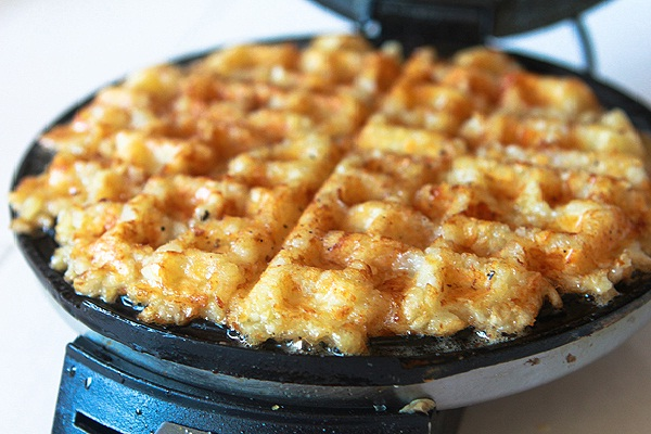 A waffle iron for hash browns-Amazing Kitchen Hacks