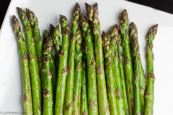 Asparagus-Best Cancer Preventing Foods