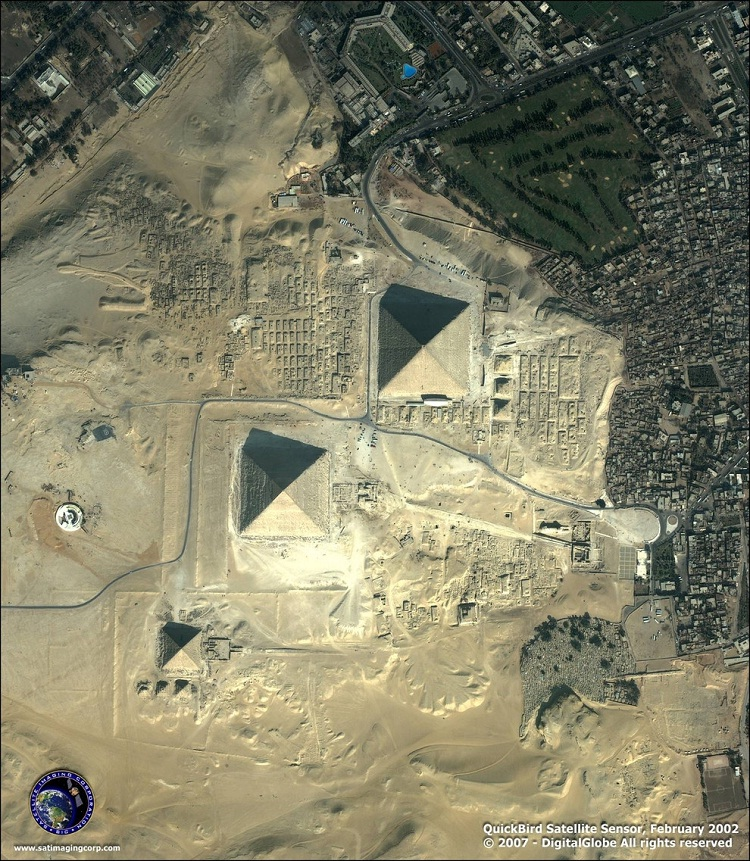 Giza-How Our World Appears To A Bird