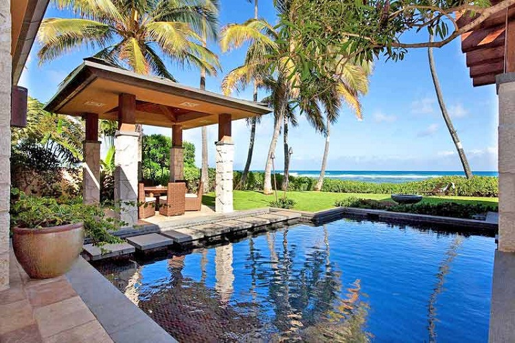 Paradise Cove, Oahu-24 Most Beautiful Wedding Locations In Hawaii