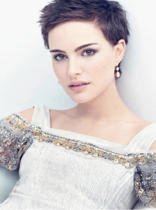 Natalie Portman-12 Celebrities With Really Short Hair