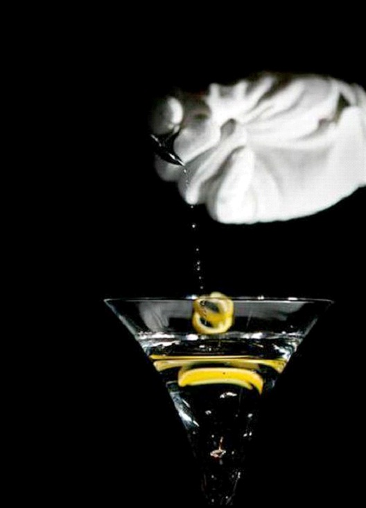 Diamond Is Forever Martini - $22,600-Most Expensive Alcoholic Drinks