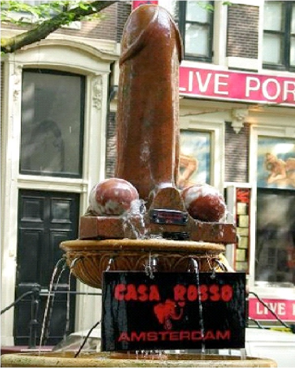 penis Foundation-Bizarre Statues Created From Your Nightmares