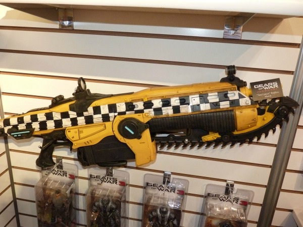 Gears of War Lancer rifle-Virtual World Weapons In Reality