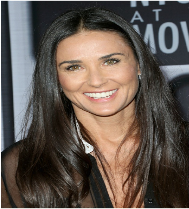 Demi Moore-Blood suckers-12 Disgusting Celebrity Habits You Probably Don't Know About
