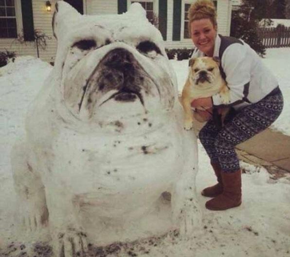 Giant snowdog-Craziest Snowmen Ever