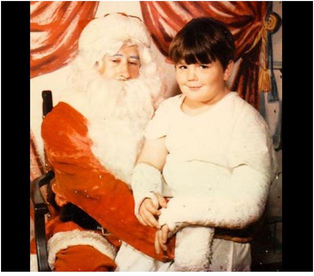 Weak Santa Claus-Hilarious Santa Claus Fails