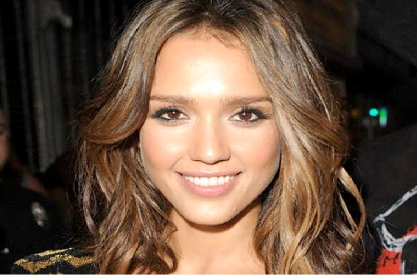 Jessica Alba-Hottest Mothers In Hollywood