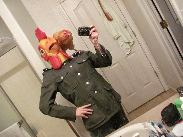 A chicken head-Worst Mirror Selfies Ever